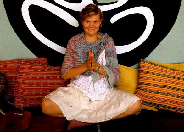 Kamala Yoga Vera